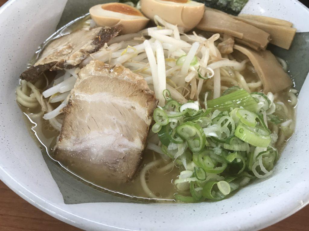 【ラーメンレビュー】千歳船橋:ひむか屋の特製宮崎らーめんを食べてみた