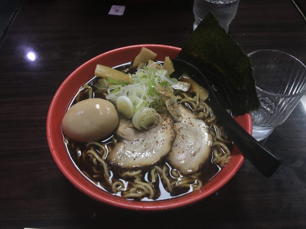 【ラーメンレビュー】海老名:麺家いろはで富山ブラックを食べてみた