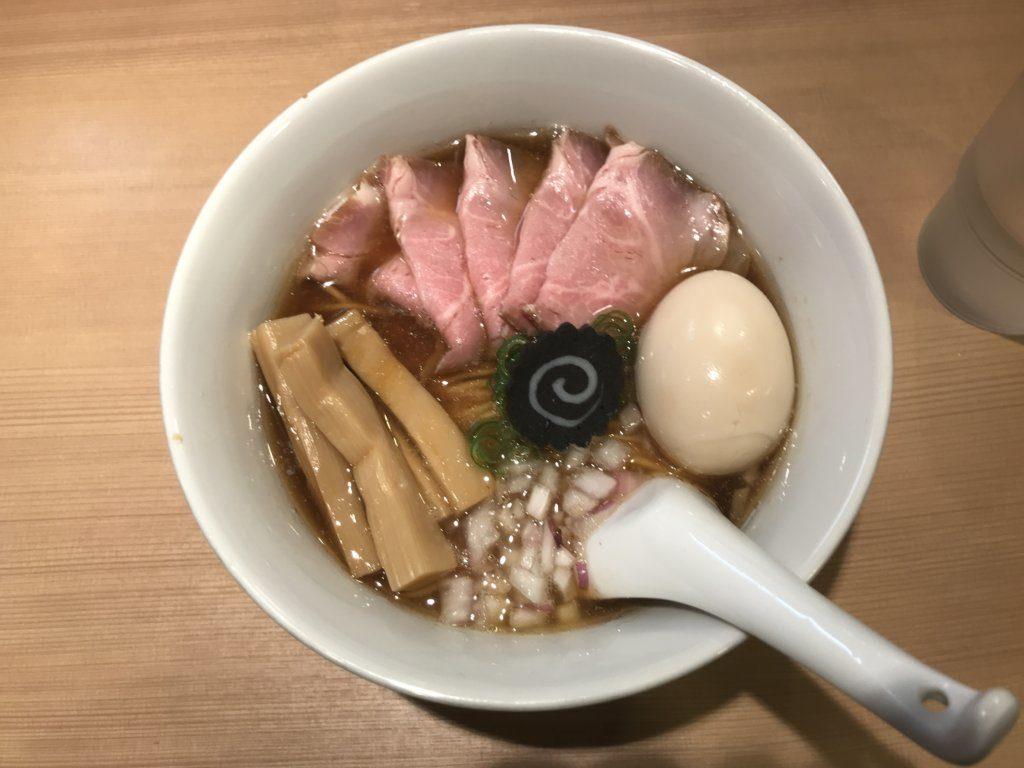 【ラーメンレビュー】新宿三丁目:らぁ麺はやし田の特製のどぐろそばを食べてみた
