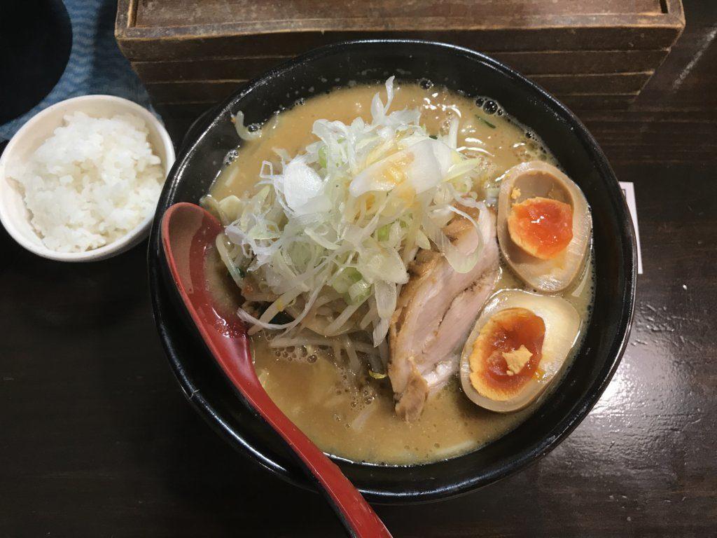 【ラーメンレビュー】池袋:麺処 花田の味噌ラーメンを食べてみた