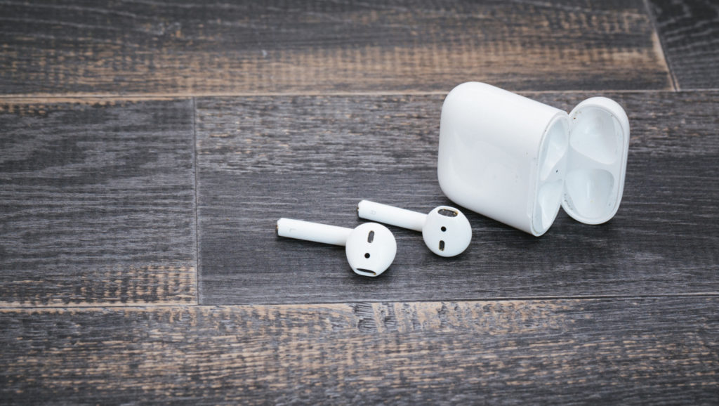 Bluetoothイヤホンを選ぶメリットとデメリットについて