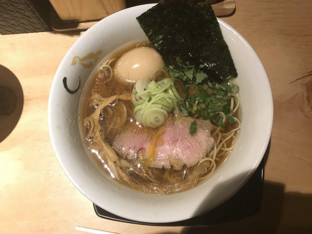 新宿:SOBAHOUSE 金色不如帰で夜限定の鴨脂と蛤の醤油を食べてみた【ラーメンレビュー】