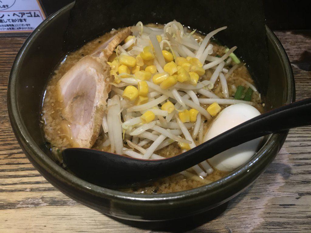 京橋:らーめんダイニング ど・みその特みそこってりらーめんを食べてみた【ラーメンレビュー】